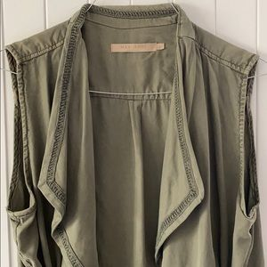 Max Jeans Olive Sleeveless Vest.  Size: L. NWOT
